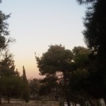 Cade pleoapa nopții pe Amman